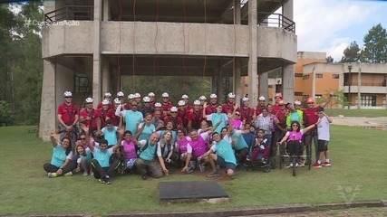 ONG Empresto Minhas Pernas vivencia dia de bombeiro em Franco da Rocha