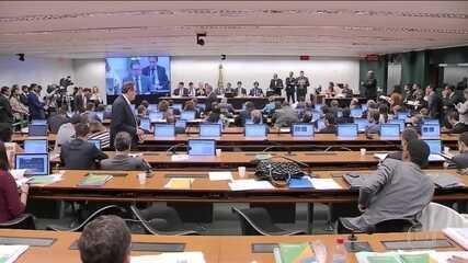 Paulo Guedes volta à Câmara para tirar dúvidas sobre a Previdência