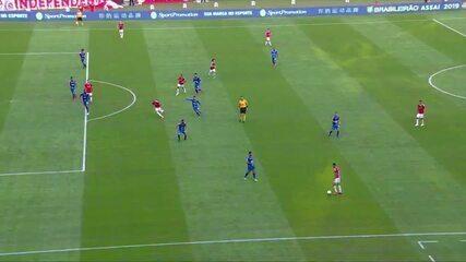 Melhores momentos de Internacional 3 x 1 Cruzeiro pela 4ª rodada do Campeonato Brasileiro