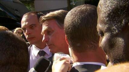Bolsonaro chama manifestantes de 'idiotas úteis' e 'massa de manobra'