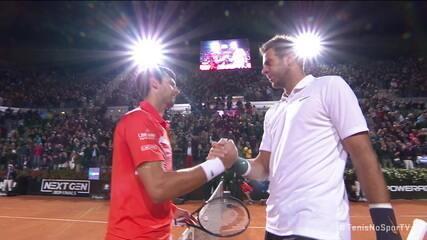 Djokovic cumprimenta Del Potro na rede após belo voleio do argentino