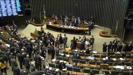 Plenário da Câmara aprova participação de 100% de capital estrangeiro em companhias aéreas