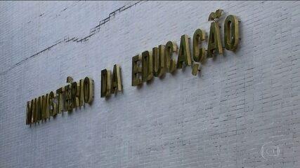 Governo usa reserva e a libera R$ 1,5 bilhão para o Ministério da Educação