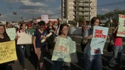 Estudantes fazem ato contra corte de verbas da educação no Centro-Oeste Paulista