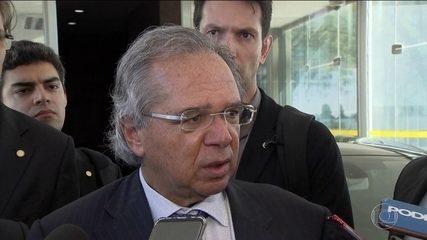 Governo estuda liberar dinheiro do FGTS para estimular economia