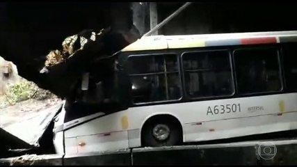 Prefeitura do Rio diz que desabamento do túnel acústico pode ter sido provocado por lixo