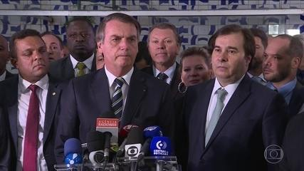 Bolsonaro entrega à Câmara projeto que muda regras da carteira de motorista