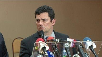 Sérgio Moro diz que conversas divulgadas não mostram prática ilegal