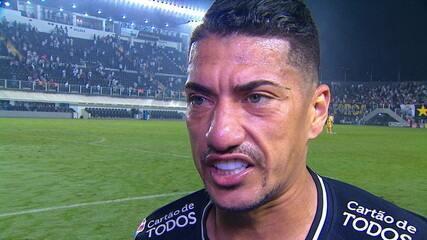 Ralf fala sobre confusão de Carille em campo com árbitro contra o Santos