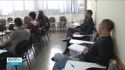 Professores encerram greve, mas estudantes decidem manter atividades paralisadas na Uesb