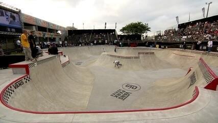 Torneio de skate agita a capital paulista