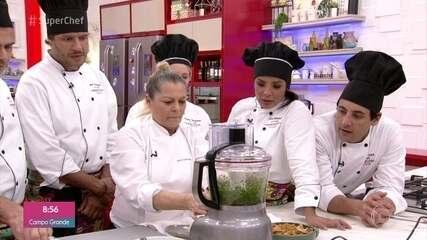 Chef Katia Hannequim ensina a fazer falafel no workshop do 'Super Chef 2019'