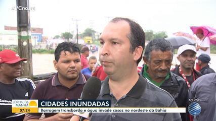 Prefeito de Coronel João Sá comenta situação na cidade após barragem invadir casas na Bahia