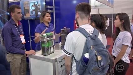 Brasileiros participam pouco de eventos de ciência, diz pesquisa