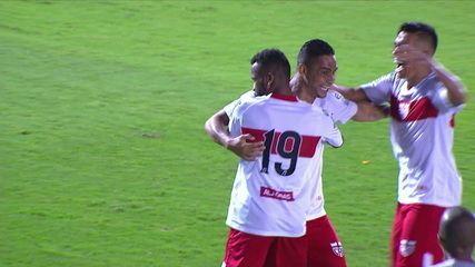 O gol de Atlético-GO 0x1 CRB pela 15ª rodada do Brasileiro Série B