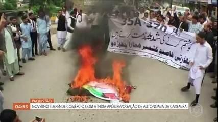 Paquistão suspende comércio com a Índia após revogação de autonomia da Caxemira