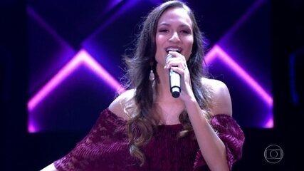 "Amanda Magalhães canta ""Quando Fui Chuva"""