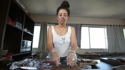 Isabela começou a fazer os brownies em casa ainda na época de escola