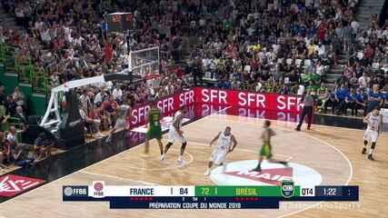Melhores momentos de França 86 x 72 Brasil pelo Torneio Internacional de basquete masculino