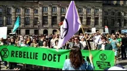 Países da Europa registram protestos em defesa da floresta amazônica nesta sexta (23)