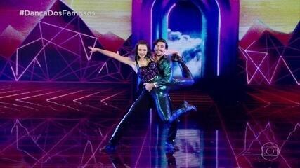 Bruno Montaleone dança com Jaqueline Ciocci