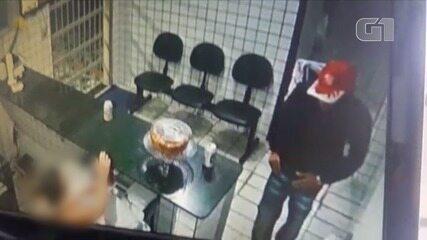Vídeo mostra briga durante assalto em hotel em Natal