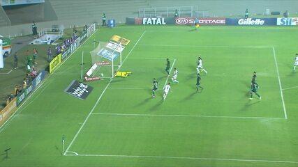Veja os melhores momentos do jogo entre Goiás e Palmeiras