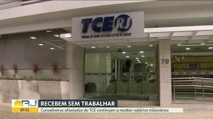 Mesmo presos, conselheiros afastados do TCE continuam recebendo salários