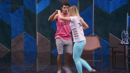 Veja o ensaio de Matheus Abreu com Larissa Lannes para o forró no 'Dança dos Famosos'