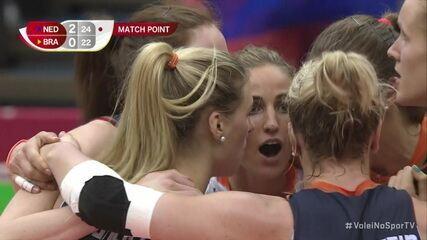 Os pontos finais de Holanda 3 x 0 Brasil pela Copa do Mundo Feminina de Vôlei