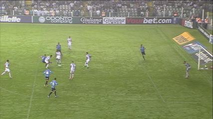 Grêmio faz 3 a 0 no Santos na Vila Belmiro pela 20ª rodada do Campeonato Brasileiro