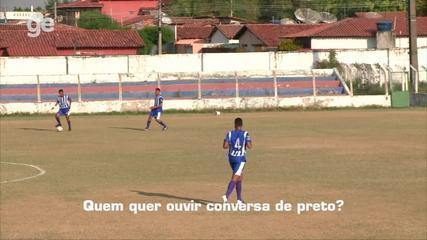 """Juiz é hostilizado e alvo de injúria racial durante jogo no Piauí: """"Picolé de asfalto"""""""