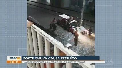 Vídeos mostram estragos causados pela chuva na noite de sexta em Manaus