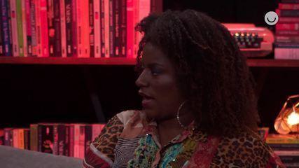 Shirley Cruz comenta a cena em que Gláucia convida Gisele para jantar