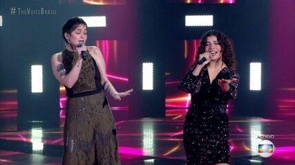 """Lúcia Muniz e Tatila Krau cantam """"Um Pro Outro"""""""