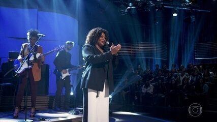 """Margareth Menezes canta """"A Bahia Canta a Sua Santa"""""""