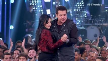 Beto Barbosa ensina Maraísa a dançar