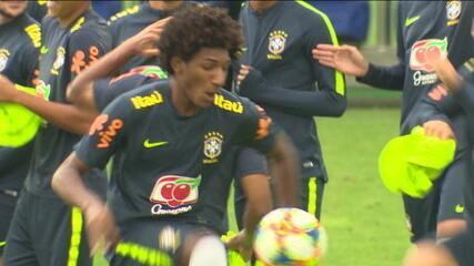 Molecada da Seleção sub-17 conciliam escola, contratos milionários e preparação para o Mundial da categoria
