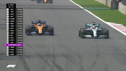 Hamilton passa por Sainz e assume a quarta colocação