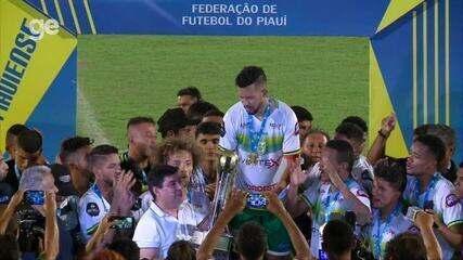 Picos levanta taça de campeão da Série B do Piauiense
