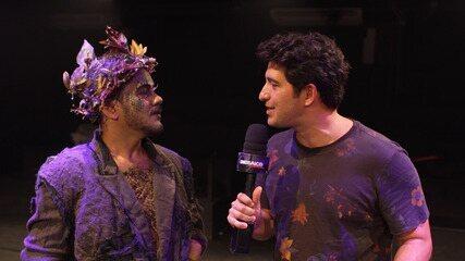 Timbó bate-papo com o elenco de uma peça que mistura baianidade e uma obra de Shakespeare