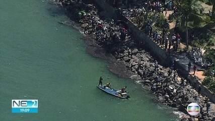 Praias atingidas por óleo em Pernambuco estão próprias para banho, diz governo
