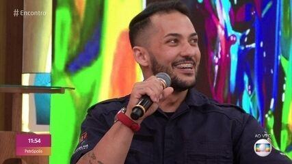 Rodrigo faz vídeo sobre a mania do 'Sabe com quem tá falando?'