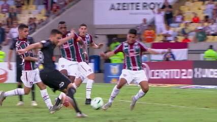 Gol do Atlético-MG! Marquinhos faz boa jogada e cruza para Di Santo dominar e empatar