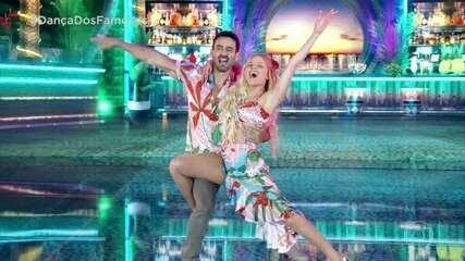 Luísa Sonza dança no palco do 'Domingão'