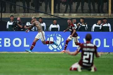 Veja os melhores momentos da vitória do Flamengo sobre o River, no primeiro título do fim de semana
