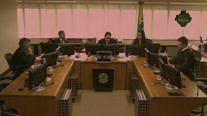 TRF-4 condena Lula a 17 anos de prisão por unanimidade