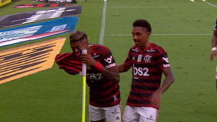 Gol do Flamengo! Bruno Henrique marca e comemora com cheirinho, aos 40' do 2º tempo