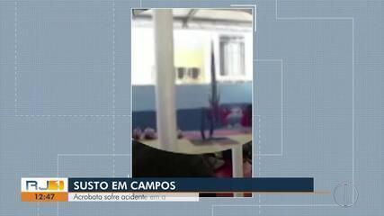 Acrobata sofre acidente em apresentação em escola em Campos, no RJ