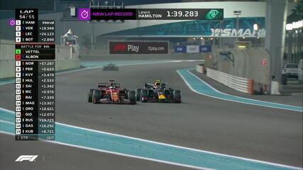 Vettel e Albon travam belo duelo pela 5ª posição, e o alemão leva a melhor
